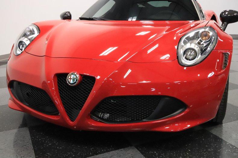 2015 Alfa Romeo 4C 22