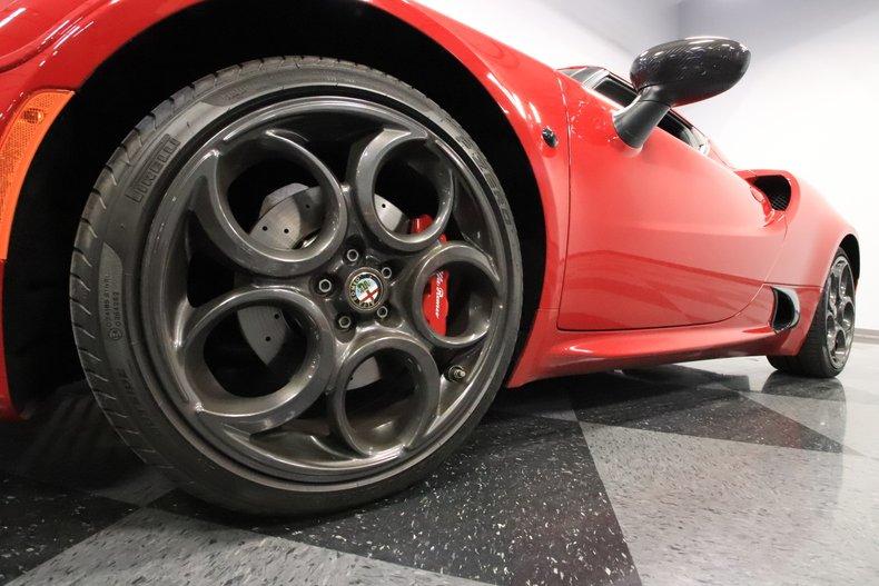 2015 Alfa Romeo 4C 23