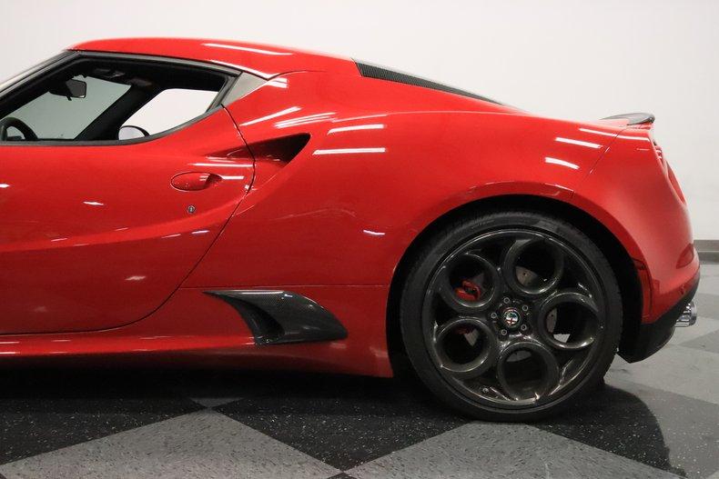 2015 Alfa Romeo 4C 26