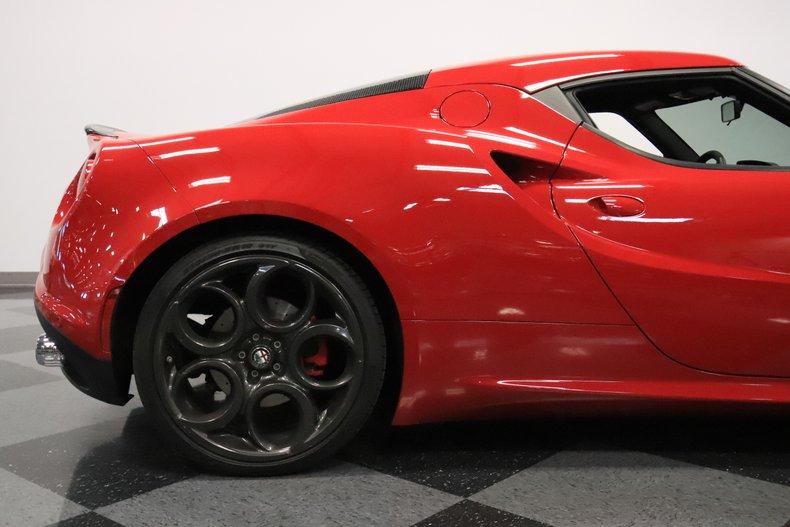 2015 Alfa Romeo 4C 32