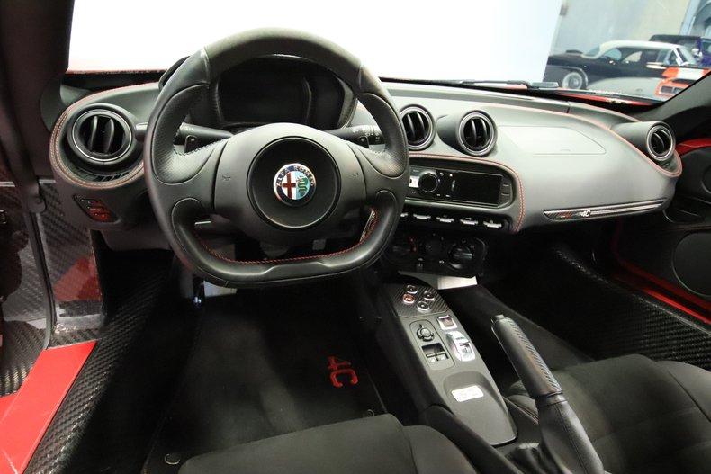 2015 Alfa Romeo 4C 43
