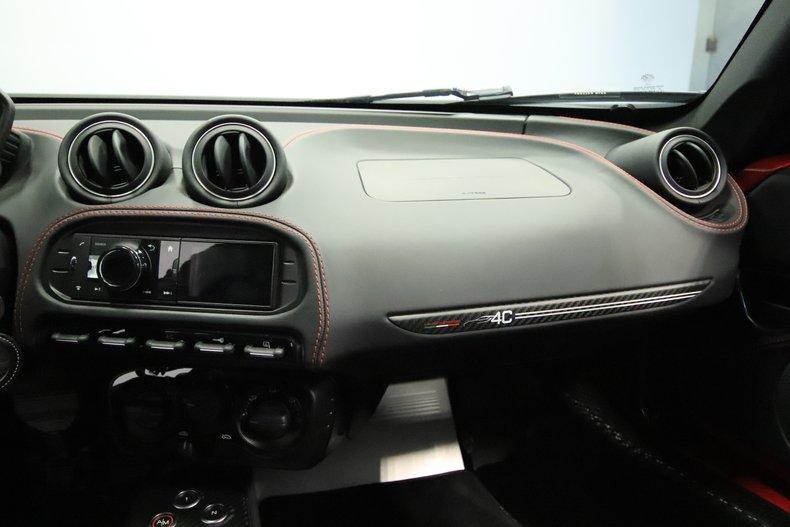 2015 Alfa Romeo 4C 54