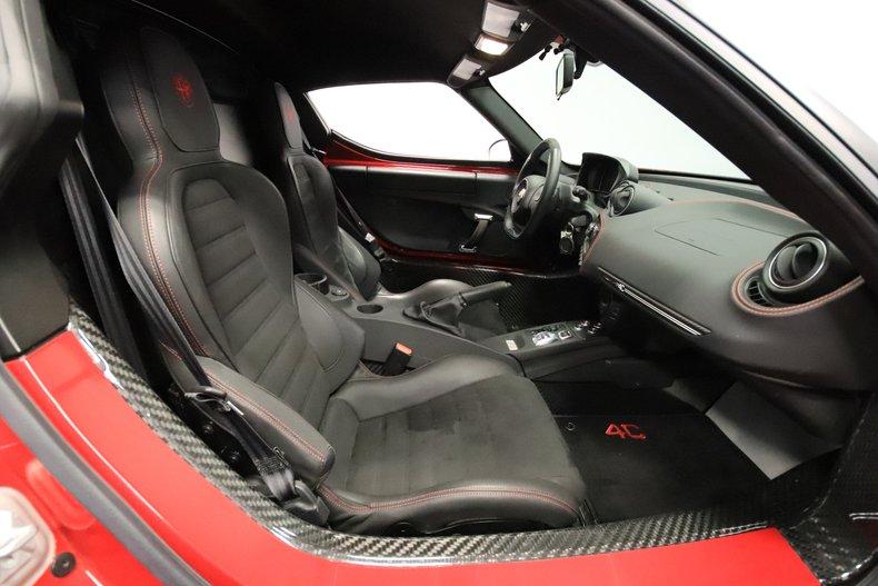 2015 Alfa Romeo 4C 58