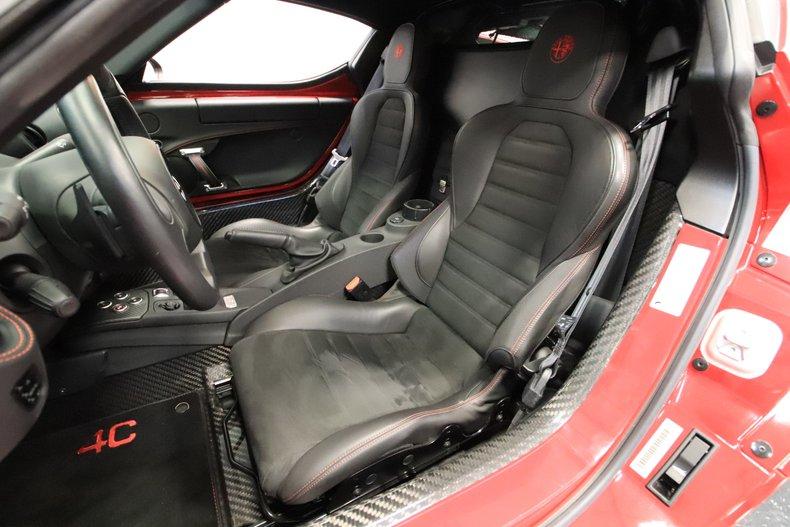 2015 Alfa Romeo 4C 56