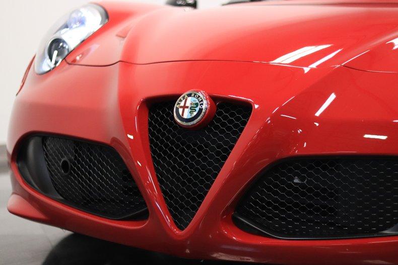 2015 Alfa Romeo 4C 72