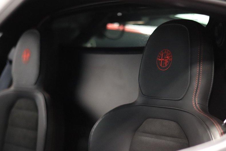 2015 Alfa Romeo 4C 77