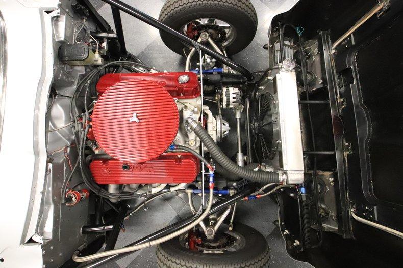 1965 Chevrolet Corvette 3