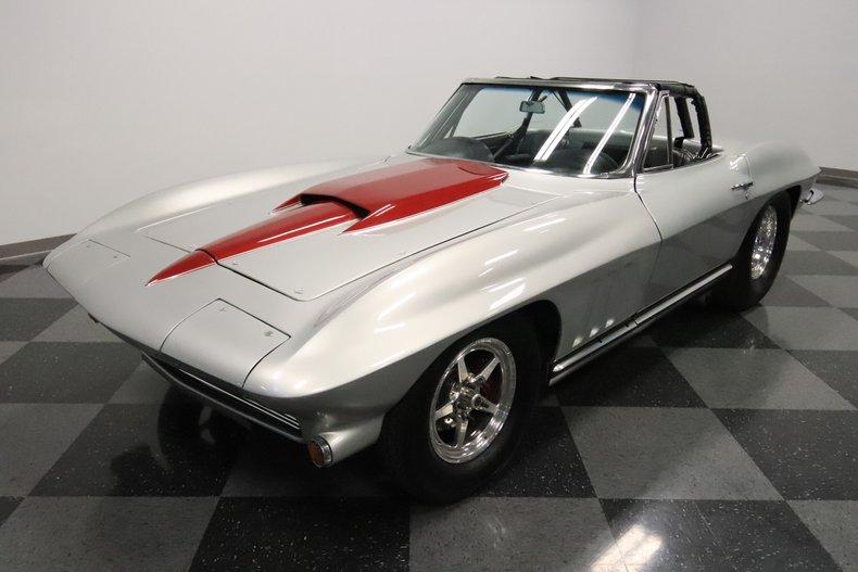 1965 Chevrolet Corvette 5