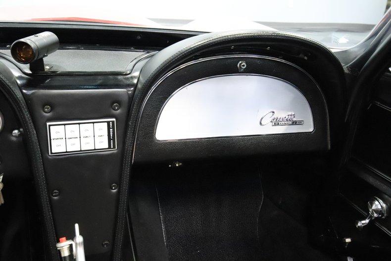 1965 Chevrolet Corvette 48