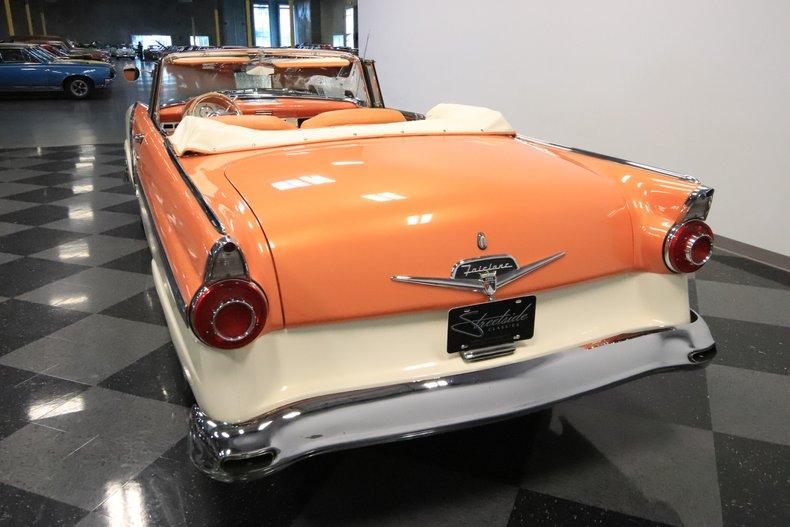 1956 Ford Sunliner 10