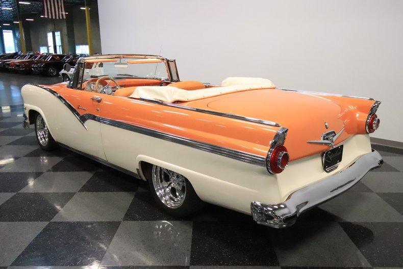 1956 Ford Sunliner 9