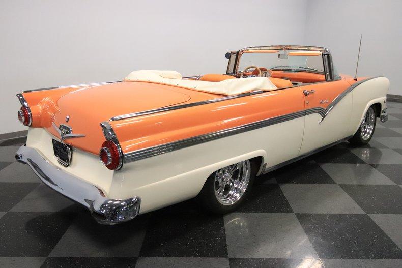 1956 Ford Sunliner 13