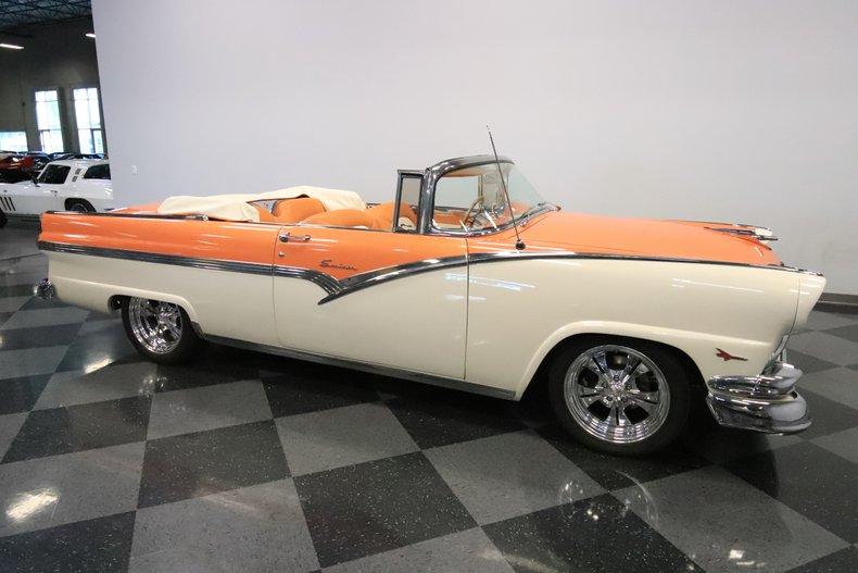 1956 Ford Sunliner 16