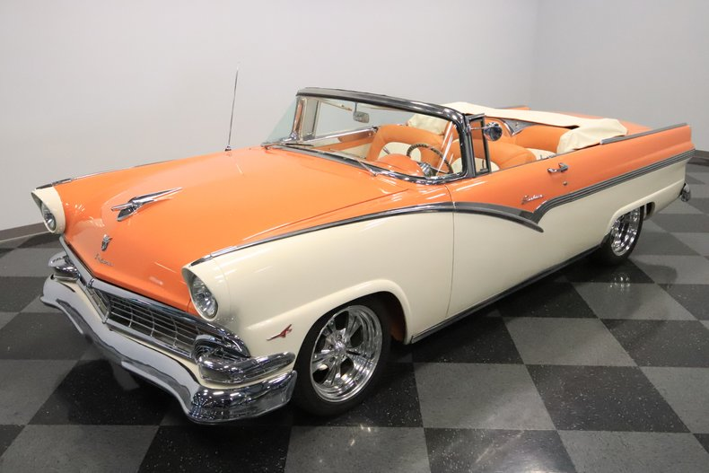 1956 Ford Sunliner 21
