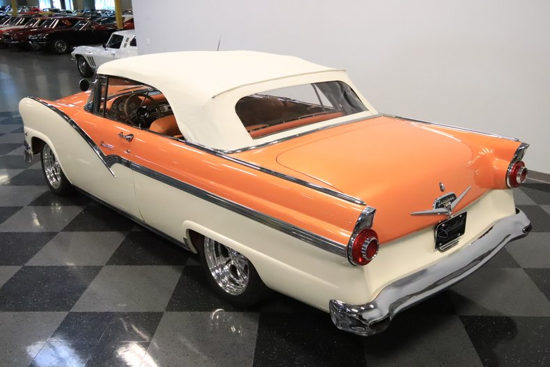 1956 Ford Sunliner 24