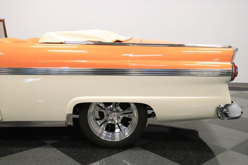 1956 Ford Sunliner 30