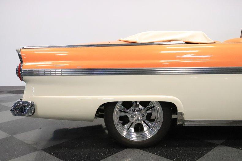 1956 Ford Sunliner 36