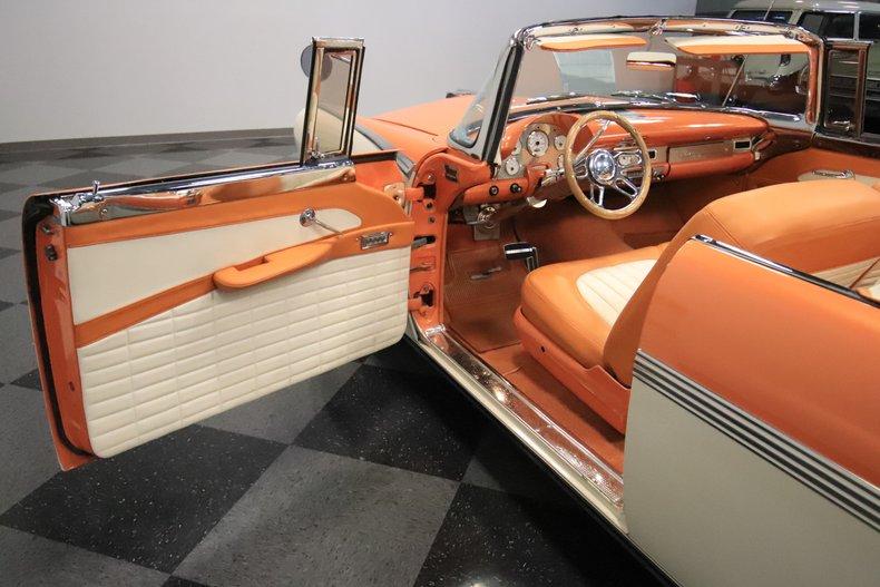 1956 Ford Sunliner 47