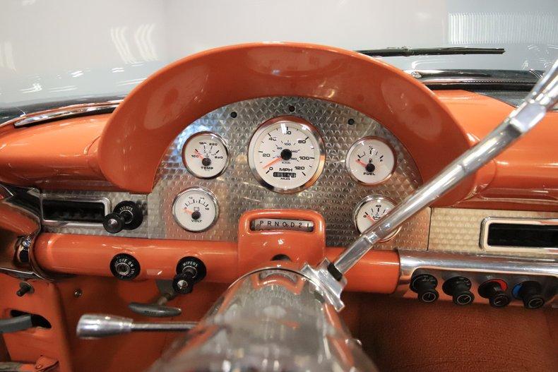 1956 Ford Sunliner 51