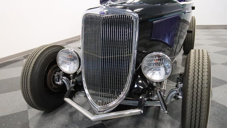 1934 Ford 5-Window 22