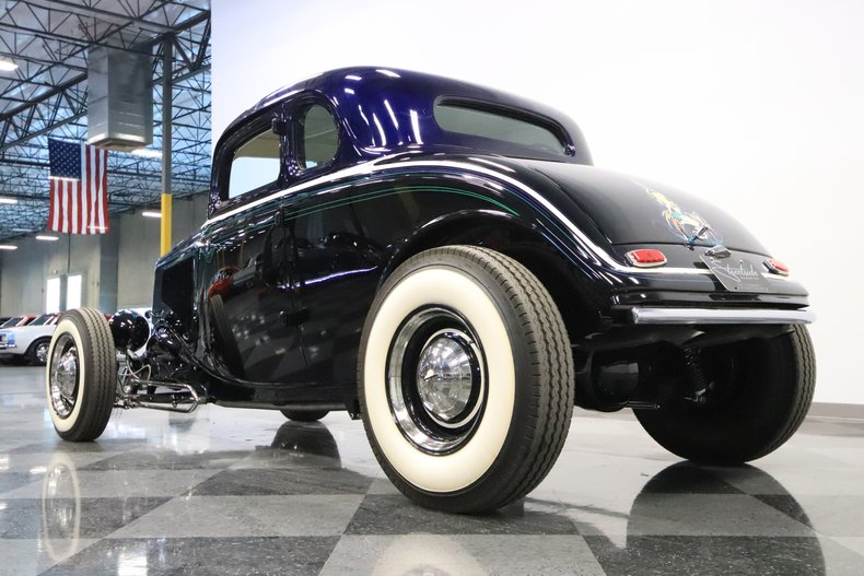 1934 Ford 5-Window 27