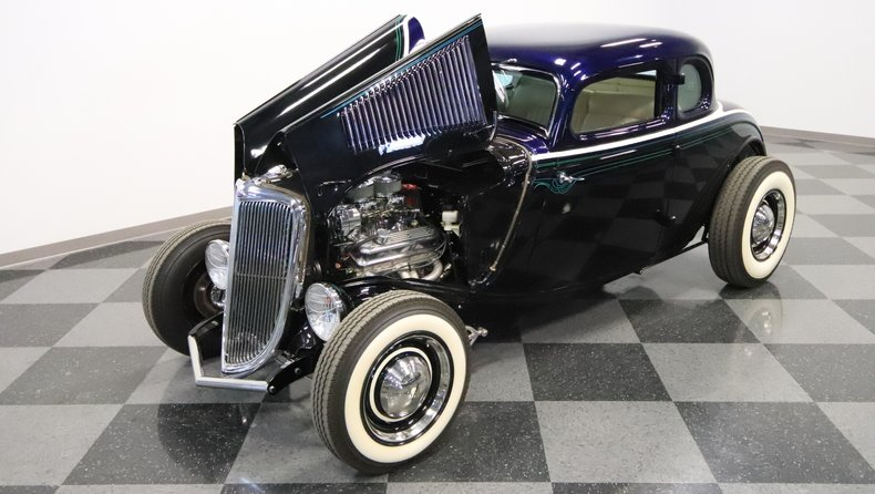 1934 Ford 5-Window 35