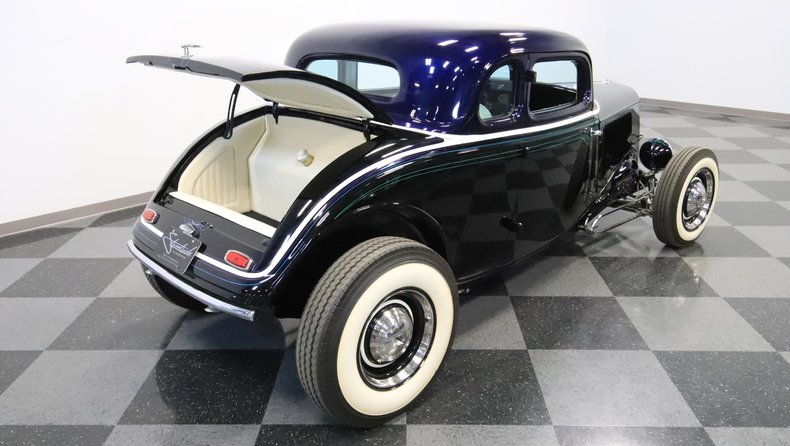 1934 Ford 5-Window 38