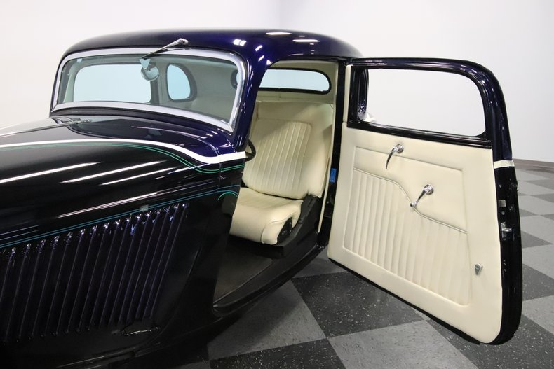 1934 Ford 5-Window 42