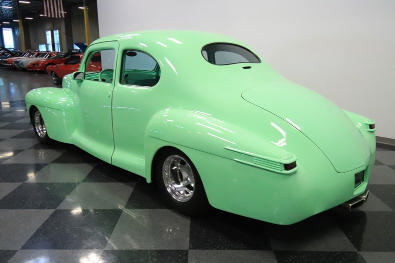 1946 Lincoln Club Coupe 9