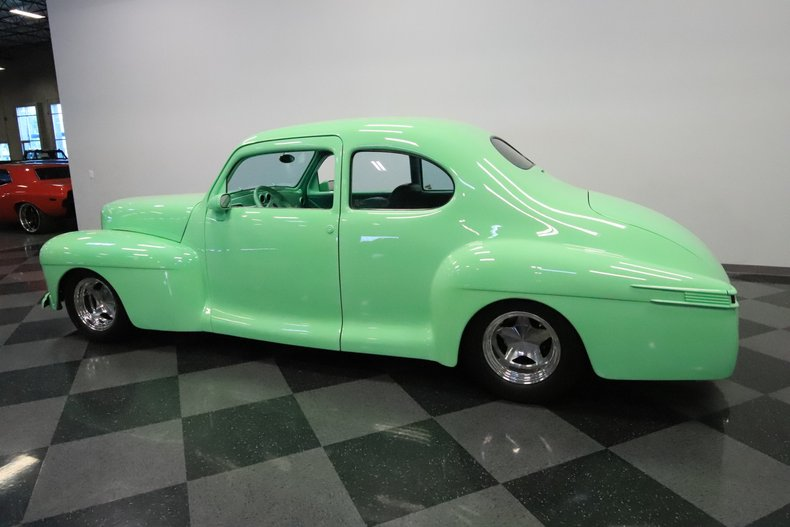 1946 Lincoln Club Coupe 8