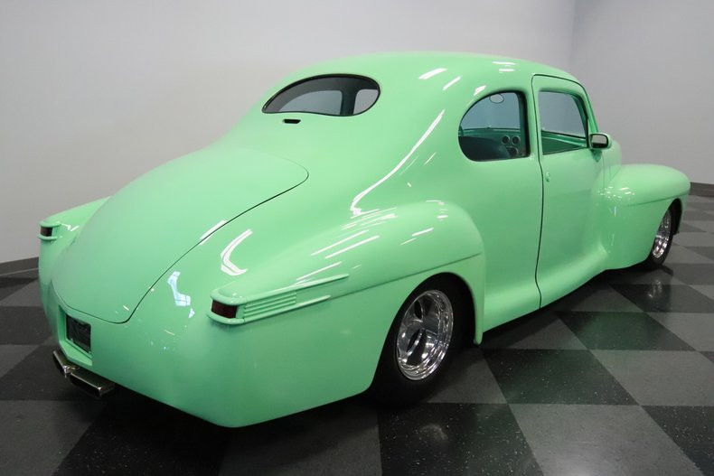 1946 Lincoln Club Coupe 13