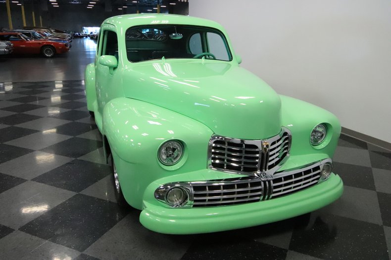 1946 Lincoln Club Coupe 18
