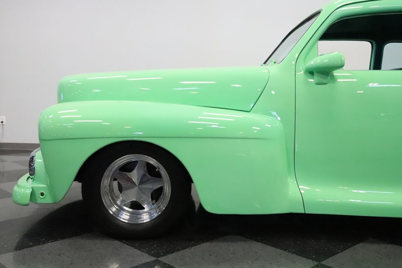 1946 Lincoln Club Coupe 25
