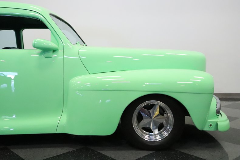 1946 Lincoln Club Coupe 35