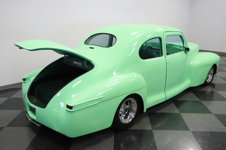 1946 Lincoln Club Coupe 40