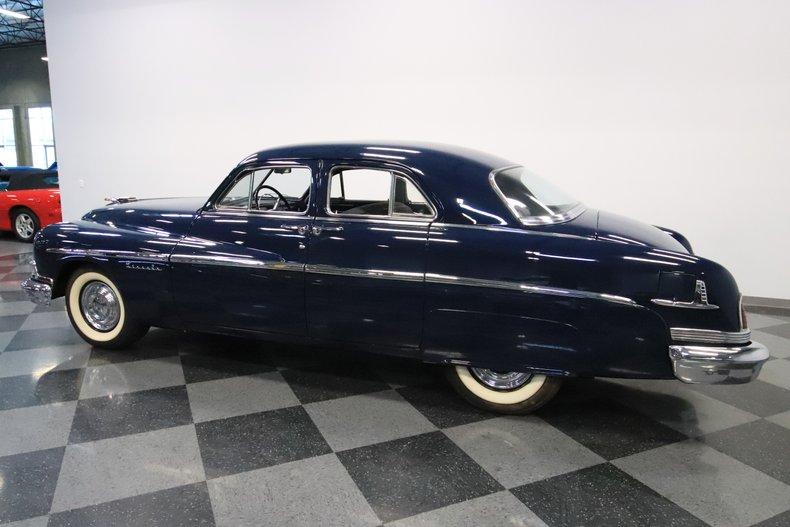 1951 Lincoln Sedan 8