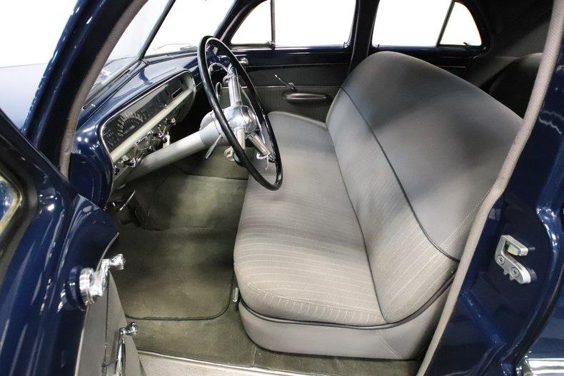 1951 Lincoln Sedan 4