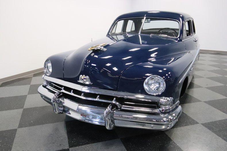 1951 Lincoln Sedan 20