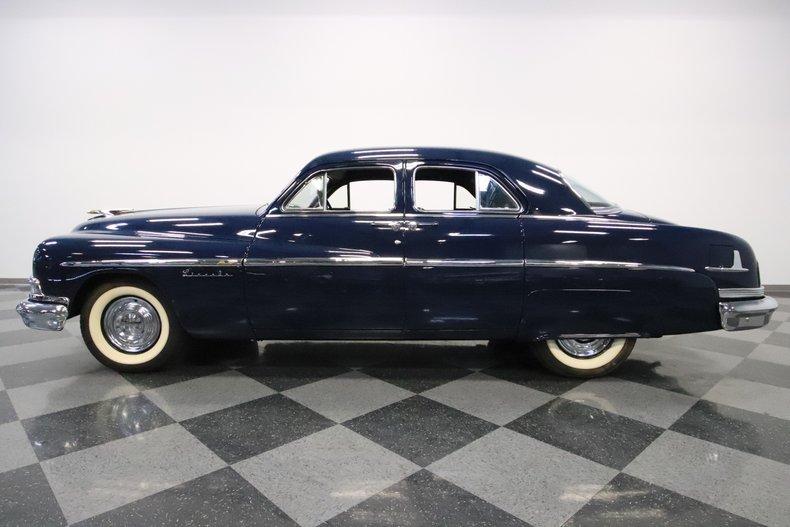 1951 Lincoln Sedan 24