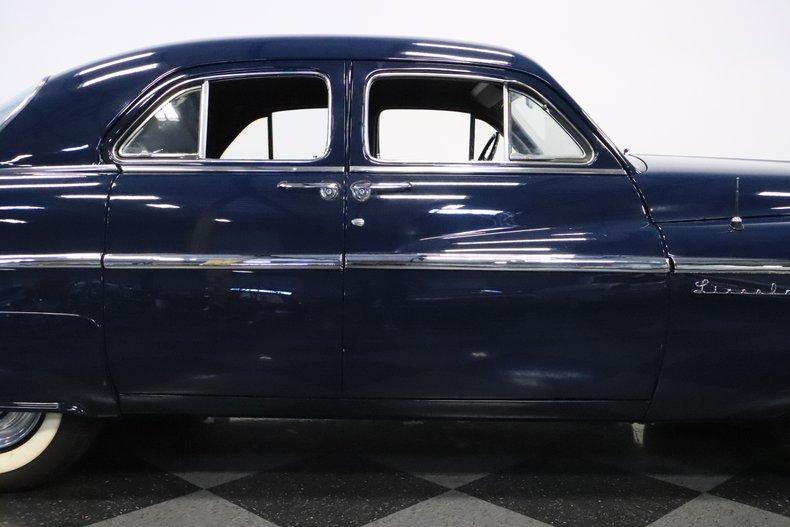 1951 Lincoln Sedan 34
