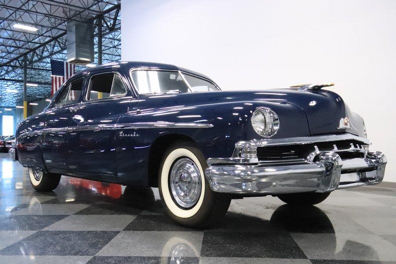 1951 Lincoln Sedan 36