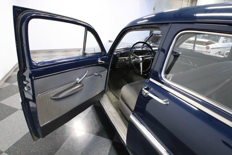 1951 Lincoln Sedan 44