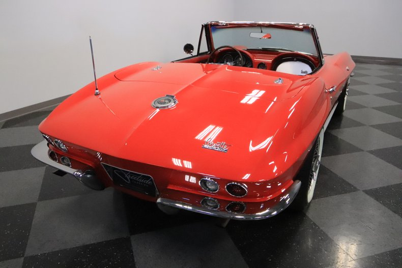 1966 Chevrolet Corvette 12