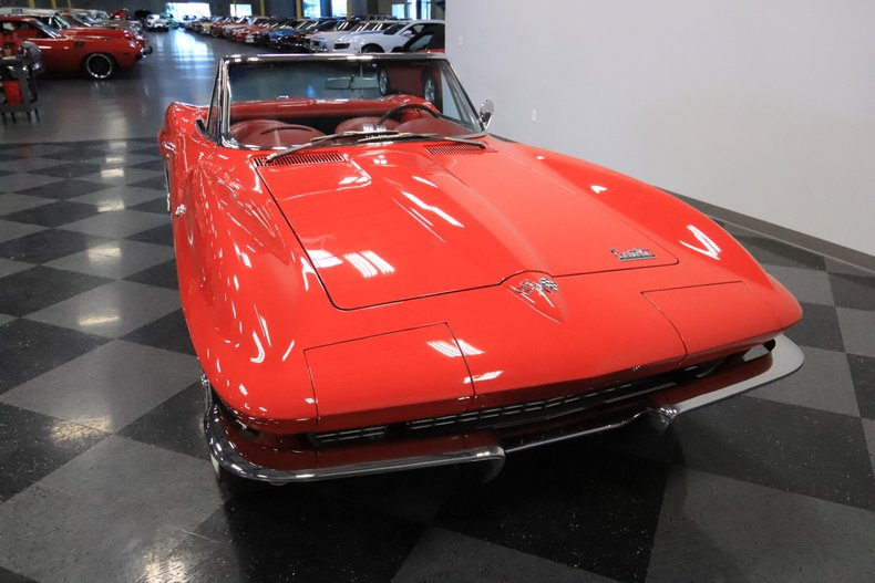 1966 Chevrolet Corvette 18