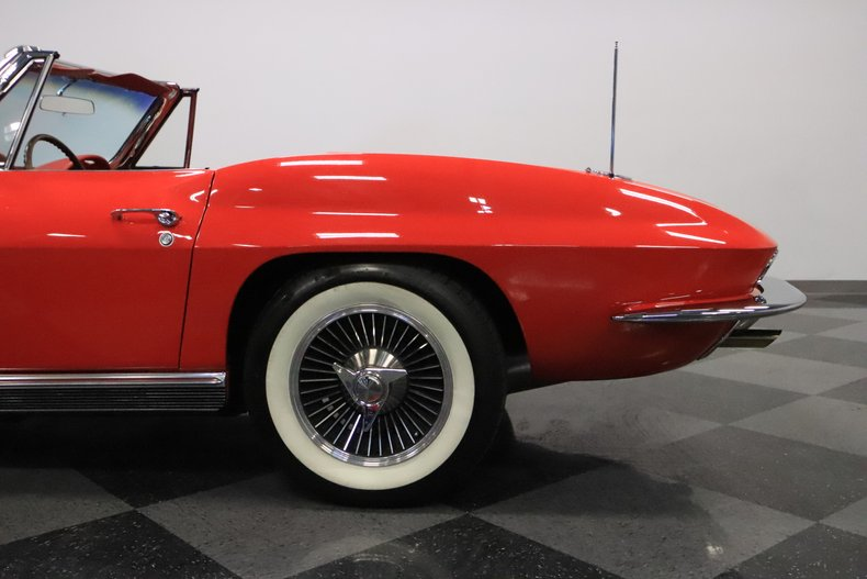 1966 Chevrolet Corvette 33