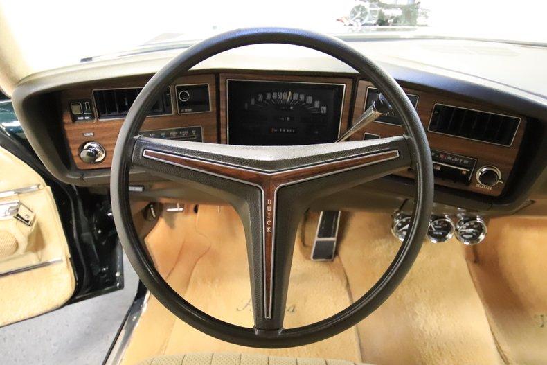 1973 Buick Riviera 47