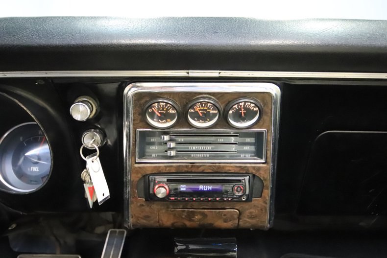 1968 Pontiac Firebird 52