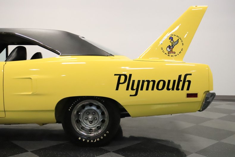 1970 Plymouth Superbird 27