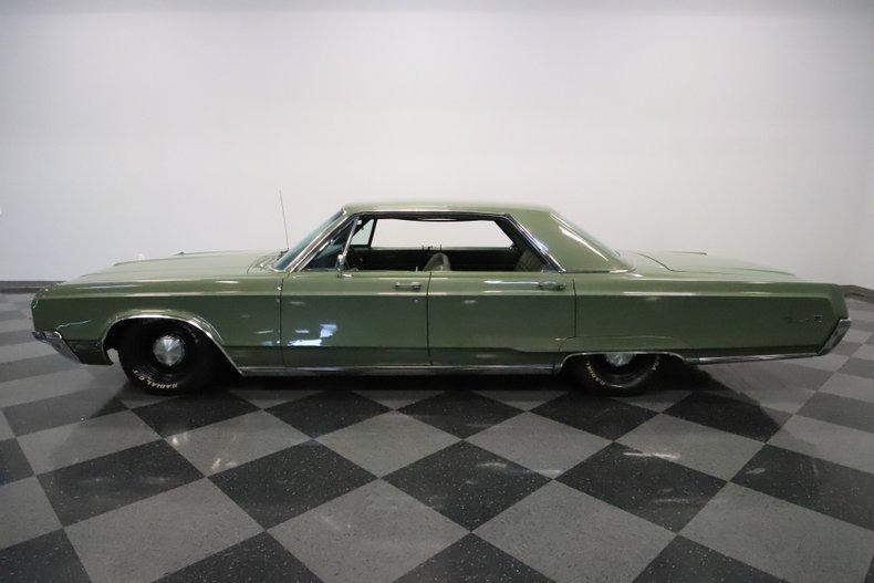 1968 Chrysler Newport 7