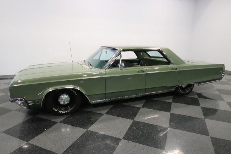1968 Chrysler Newport 6